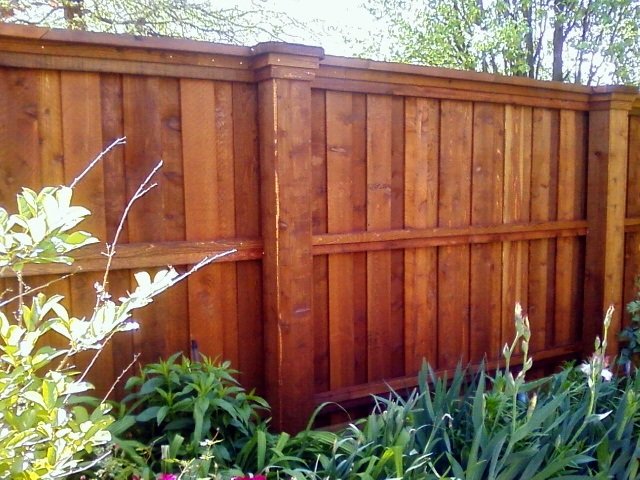 how to build cap and trim fence